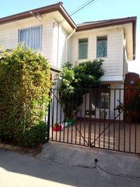 Vende Casa 3D 3B 2E, 110mts2 totales Comuna Maipú