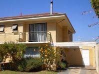 Amplia casa en Condominio Altos de Belloto