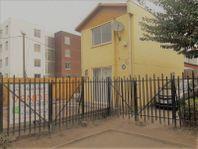 Vendo Casa Aislada buen terreno /Cercano a Larapinta /Lampa