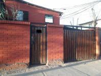 Amplia y linda casa en Av. General Urrutia, San Bernardo