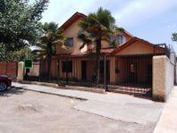 Quinta Normal, Vende Casa 220 Metros Construidos