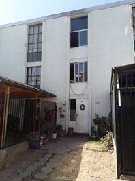 Se vende casa en Lo Ermita, comuna Lo Barnechea