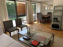 Linda Casa 2 pisos remodelada 4D/3B + serv, Lo Beltrán sector Sport Francés