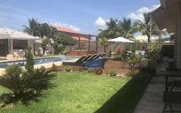 Casa alto padrão 4 dormitórios  no condomínio Bougainville em Peruíbe