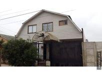 Se vende acogedora casa en Limache