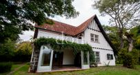Casa residencial à venda, Vila Conceição, Porto Alegre.