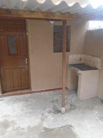 Casa com 1 dormitório para alugar, 40 m² por R$ 500/mês - São Mateus - São Paulo/SP