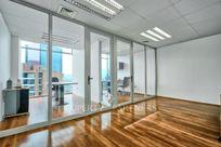 Excelente oficina en Nueva Las Condes