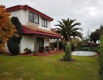 Venta amplia y cómoda casa en exclusivo sector de Jardin del Mar