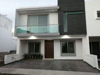 Casa en Venta en la Cima de Zapopan