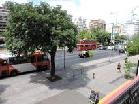 Regia Oficina Apoquindo,Metro Vespucio