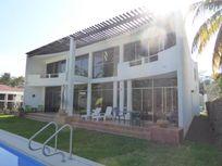 Casa en Venta en Club Santiago