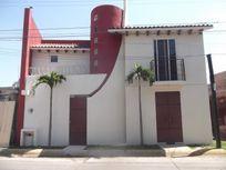 Casa en Venta en Fracc Jardines de Ahuatlan