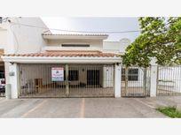 Casa en Venta en Lomas de Mazatlan cerca de zona turistica y playas