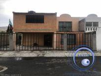 Casa en Venta en A UNAS CUADRAS DE LA LÓPEZ PORTILLO Y SAN CRISTOBAL CENTRO; 35min DE LA CDMX