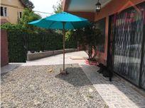 Casa esquina en barrio norte de Villa Alemana