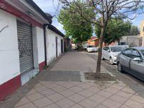 Para inversión!! Casa con local comercial, central en Talca.
