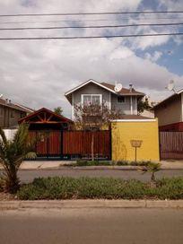 Vende Casa 4D 3B 2E, 140mts2, Comuna San Bernardo